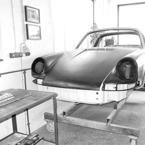 Blick in die Oldtimer-Werkstatt: Karosserie Garage, Bad Saulgau, Porsche 911 Targa S